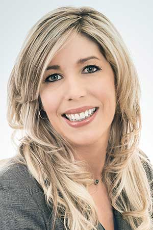 Dominique Lefort Adjointe administrative - Dominique Lefort